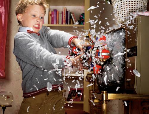 Comment canaliser un enfant qui démonte tout ?